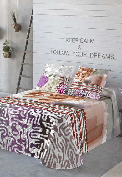 Cuvertura de pat alba cu diverse imprimeuri multicolore Brian