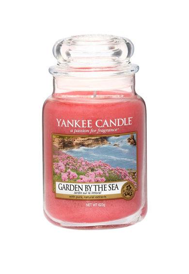 Lumanare parfumata mare in borcan Garden By The Sea