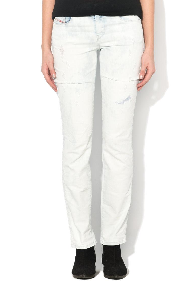 Jeansi drepti bleu decolorati Sandy Diesel