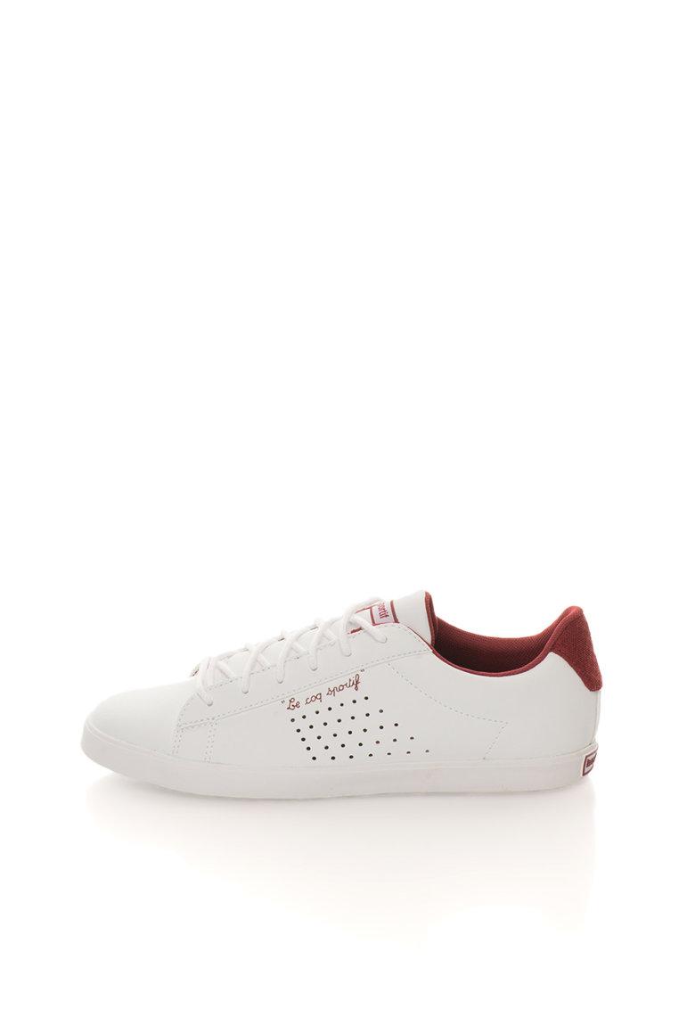 Tenisi albi cu accente rosii Agate de la Le Coq Sportif