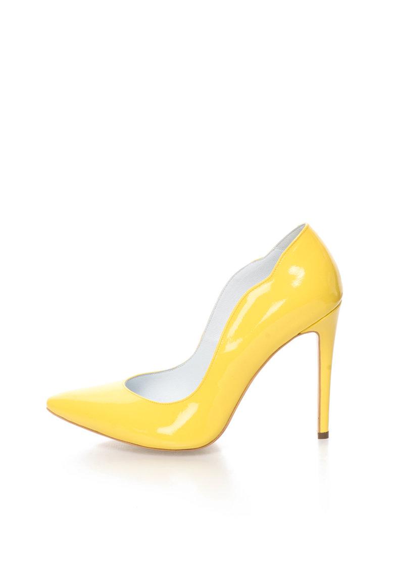 CONDUR by alexandru Pantofi stiletto galbeni de piele lacuita