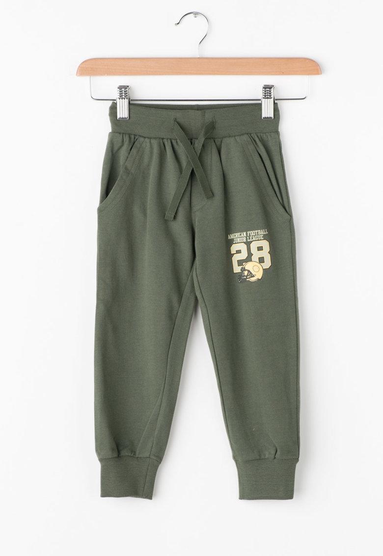 Pantaloni sport cu buzunare oblice de la Zee Lane Kids – PA-I-1793-COTONE-VERDONE