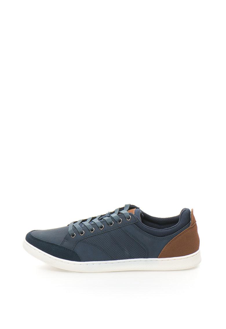 Pantofi sport cu design perforat Baly
