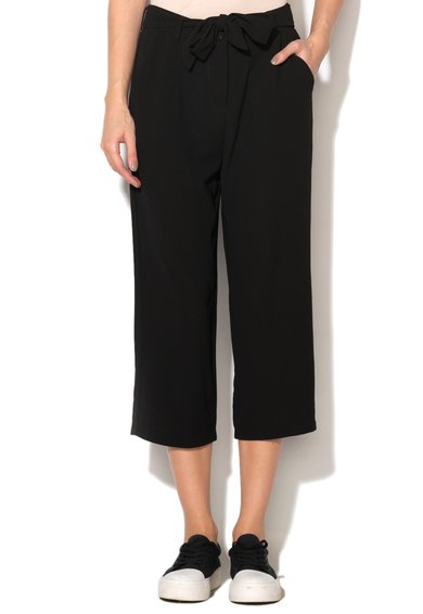Pantaloni capri negri cu snur si buzunare