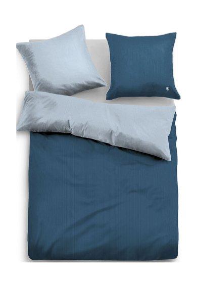 Set de pat in nuante de albastru cu garnituri albe
