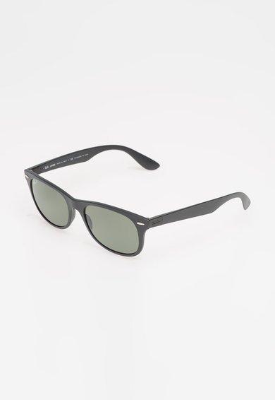 Ochelari de soare negru mat polarizati New Wayfarer de la Ray-Ban