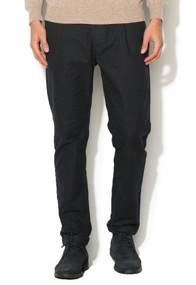 Pantaloni bleumarin inchis cu rosu cu dungi discrete de la United Colors Of Benetton