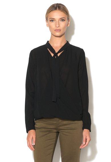 Bluza neagra cu decolteu cache-coeur